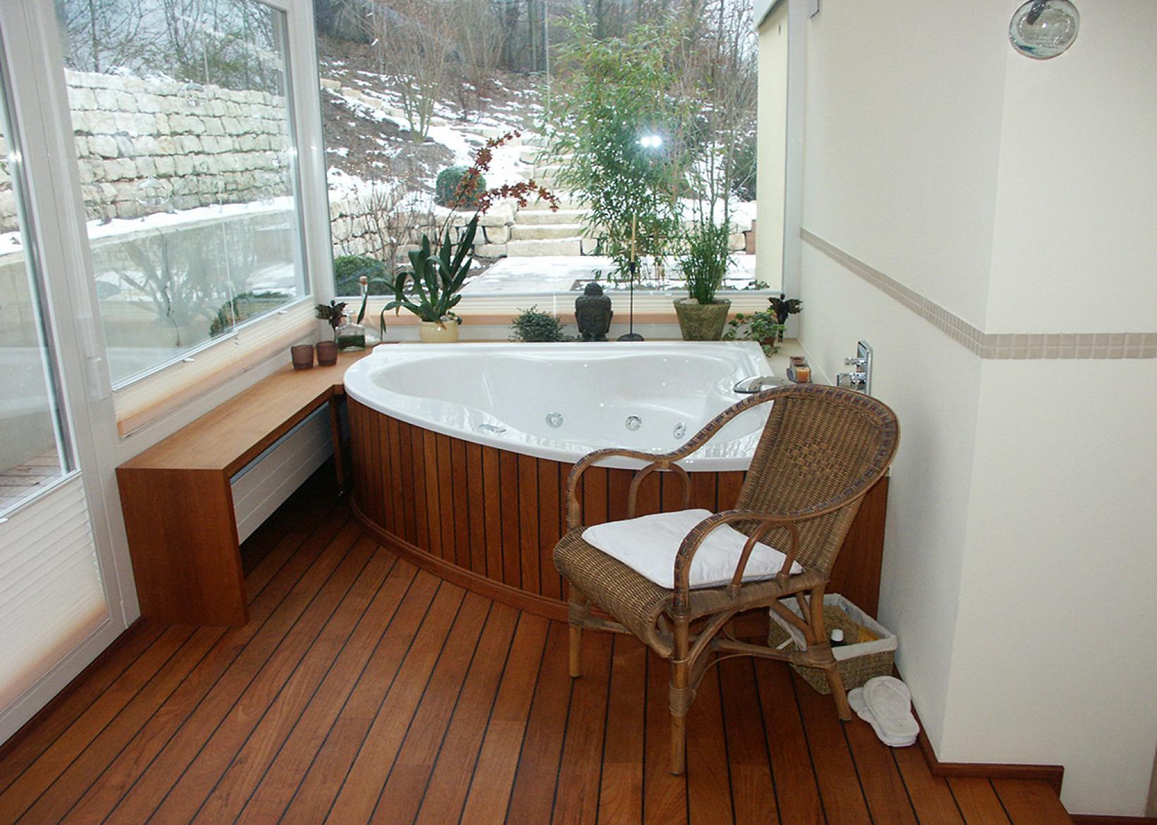 holz im bad holz vogel. Black Bedroom Furniture Sets. Home Design Ideas