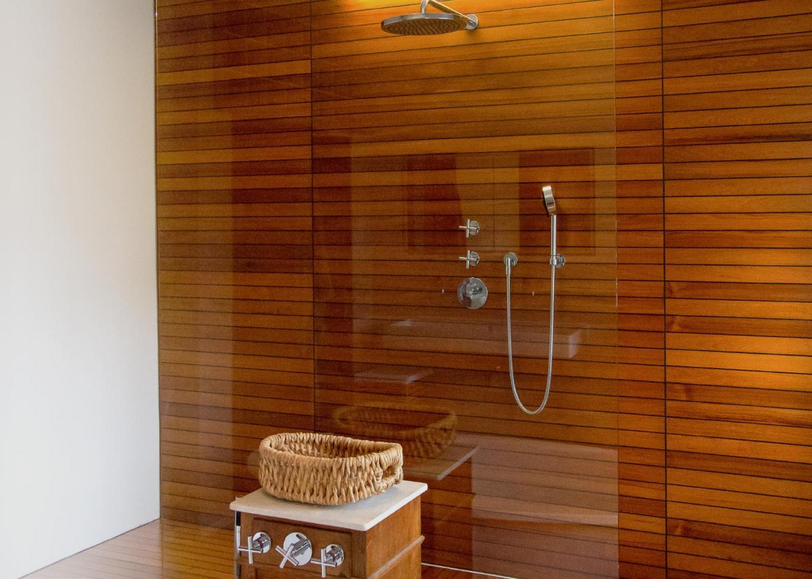 duschb den wandverkleidungen holz vogel. Black Bedroom Furniture Sets. Home Design Ideas